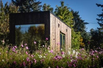 the-michael-hagedorn-tiny-house-2